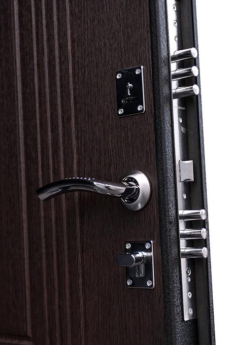 установить металлическую дверь в заречном