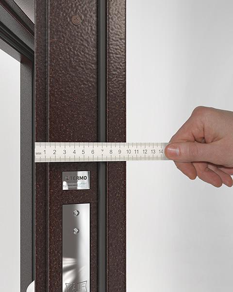 толщина металлической двери для северных регионов